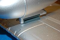 Name: Sandancer_FMS 1400 P-51 BBD-UnBoxing_12-28-2012_0072.jpg Views: 183 Size: 179.4 KB Description: The drop tank attachment.