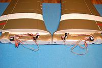 Name: Sandancer_FMS P-51B Shangri La-Un-Boxing_02-12-2013_0031.jpg Views: 216 Size: 135.6 KB Description: The harness assembly