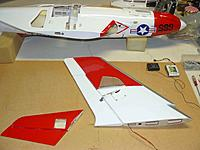 Name: P1100182.JPG Views: 9 Size: 277.9 KB Description: Aileron hook up with the protection skids  mounted.