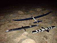 Name: Raven Moth Hobie 1.jpg Views: 250 Size: 124.1 KB Description: Hobie,Raven and Moth