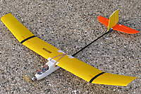 Name: SSStick05.jpg Views: 183 Size: 109.4 KB Description: And here it is. That's an old TP 2410-8T on the front. Eventually I'll make it a folding prop. A 1300 3s LiPo and the ESC are crammed under the drink-bottle canopy.