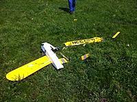 Name: junkyard 2012 crash.jpg Views: 78 Size: 41.8 KB Description: 2012 BVRC Junkyard - second flight one of the elevons let loose!