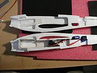 Name: DSCF1735.jpg Views: 341 Size: 251.0 KB Description: h) Battery box