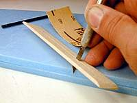 Name: 2, Cut slot for sandpaper in 1 x 6 balsa.jpg Views: 511 Size: 51.2 KB Description: Cut slot for sandpaper in 1 x 6 balsa
