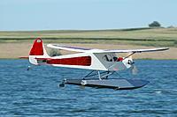 Name: DSC_4370.JPG Views: 34 Size: 752.5 KB Description: #1 on Hangar 9 floats.