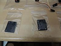 Name: DSCN5180.jpg Views: 105 Size: 290.7 KB Description: One screw in each bag???