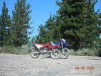 Name: DSCN2213.jpg Views: 267 Size: 138.0 KB Description: Our bikes love each other too.
