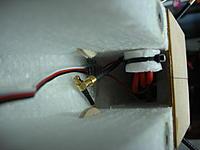Name: DSC01337.jpg Views: 260 Size: 98.1 KB Description: How to fix ESC wires inside.