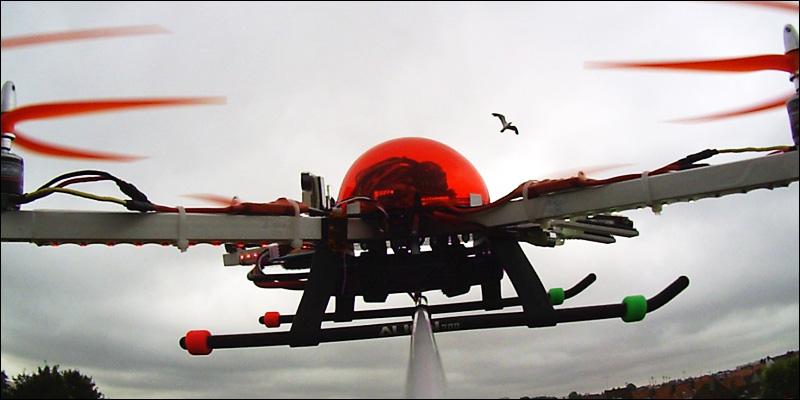 Name: redquad_wingcam_8aout2012_2.jpg Views: 815 Size: 90.5 KB Description: