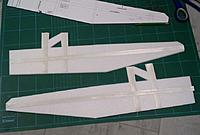 Name: 009.jpg Views: 391 Size: 165.1 KB Description: Straps glued added 14 gs total to the side fuses