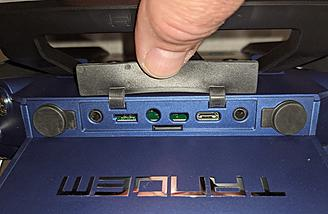 DSC port, S.Port, SD slot, USB port and headphone jack