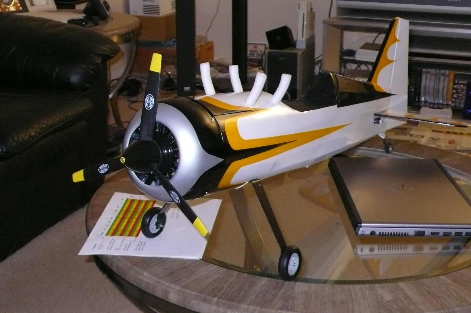 Name: P1000568.jpg Views: 177 Size: 174.3 KB Description: Painted tips yellow. MAS 12x6x3-blade.