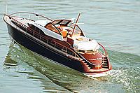 Name: Jules-Verne-4.jpg Views: 270 Size: 24.4 KB Description: Graupner's Jules Verne - nice boat, shame about the GRP hull