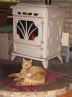 Name: Lucky stove 2.jpg Views: 57 Size: 78.0 KB Description: Lucky