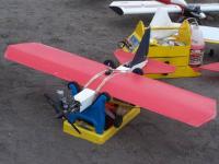 Name: 104_0369.jpg Views: 216 Size: 86.7 KB Description: Otro avión también de plástico