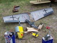 Name: 104_0389.jpg Views: 160 Size: 155.8 KB Description: Lo que quedó del avión después de las explosiones!!!