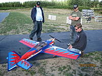 Name: Nate with Chucks plane2.jpg Views: 62 Size: 135.8 KB Description: Vitter, JHolen and Nate talking about the set up and his maiden