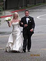 Name: IMG_2344.jpg Views: 79 Size: 83.7 KB Description: Here comes the happy couple to the reception area