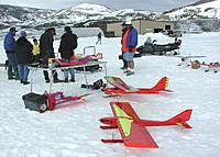 Name: rc ice flying4.jpg Views: 52 Size: 74.5 KB Description: Look at these guys...