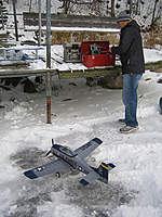 Name: rc ice flying7.jpg Views: 39 Size: 36.6 KB Description: The all weather PZ T-28