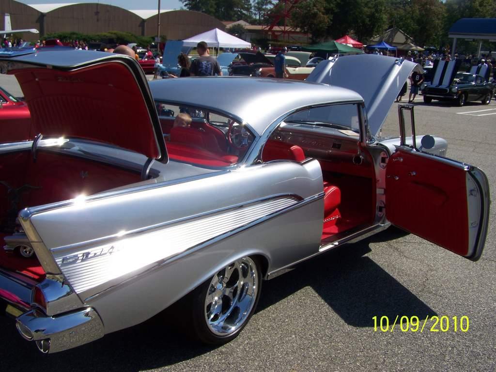 Name: 10-9-10 car show fair and paraide 006.jpg Views: 156 Size: 104.1 KB Description: