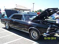 Name: 10-9-10 car show fair and paraide 074.jpg