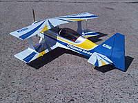 Name: IMG01428-20101030-1220.jpg Views: 90 Size: 134.9 KB Description: E-Flite Ultimate 20-300 Biplane.  Power10 motor, Castle 54 ESC, HS-65HB's & HS-65MG's, 12x6 Xoar.