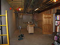 Name: 02 - 2008-10-16 Bsmnt BR5 Looking east.jpg
