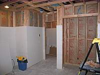 Name: 04 - 2009-12-21 Drywalling  and Insulating the Exercise Room Closet.jpg