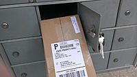 Name: motor box rescue 4.jpg Views: 61 Size: 161.1 KB Description: Outer shipping box removed from the mail box.