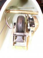 Name: DG505 004.jpg Views: 134 Size: 62.1 KB Description: Retract wheel came pre-installed.  100oz-in hi-torque servo does the work.