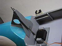 Name: 035.jpg Views: 117 Size: 99.5 KB Description: Ply pylon for pull pin mast on rear bulkhead, and the release servo is mounted on the cabin floor.  The servo is side-mounted flat to a plate with four screws.