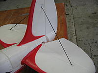 Name: IMG_4596.jpg Views: 55 Size: 130.9 KB Description: Steels struts replaced with carbon to reduce tail weight.