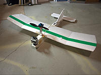 Name: albatross.jpg Views: 107 Size: 207.6 KB Description: This is before I flattened the wing and added ailerons and a Dragon Link.