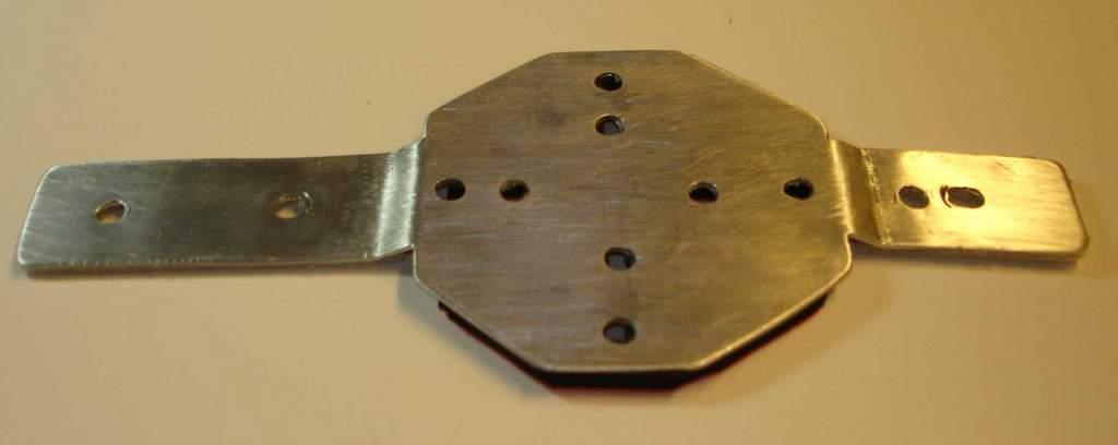 Name: HD-Hero-mount-2.jpg Views: 338 Size: 20.9 KB Description: Pic 2: bracket by itself.