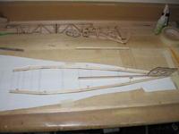 Name: 13.jpg Views: 303 Size: 46.9 KB Description: The side keels glued together.