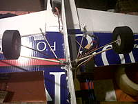 Name: IMG00410-20101022-1702.jpg Views: 154 Size: 82.8 KB Description: Landing gear: coat hanger bent to shape.
