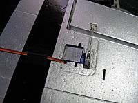 Name: 32 wing right servo installed.jpg