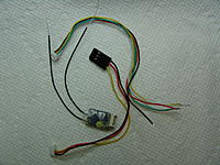 Name: DSC07416.JPG Views: 103 Size: 155.0 KB Description: Receiver and two cables provided.