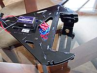 Name: 100_0913.jpg Views: 656 Size: 87.6 KB Description: View showing the ESCs mounted in the frame.