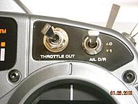 Name: DSCN2989.jpg Views: 62 Size: 220.2 KB Description: Throttle in the on position.