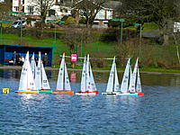 Name: SANY0032.jpg Views: 239 Size: 311.7 KB Description: Close racing between the windward and spreader marks