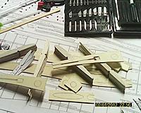 Name: EKEN0004.jpg Views: 121 Size: 207.5 KB Description: Pieces-parts starting to pile up
