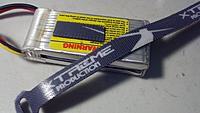 Name: 2011-07-10_21-02-08_914.jpg Views: 164 Size: 132.1 KB Description: Micro Velcro (hook) stuck to battery