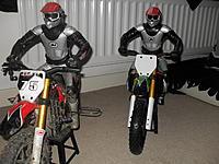 Name: race team 002.jpg Views: 50 Size: 230.8 KB Description: