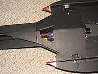 Name: plane pics 046.jpg Views: 95 Size: 237.9 KB Description: battery hatch
