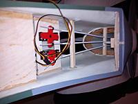 Name: DSC00214.jpg Views: 91 Size: 134.9 KB Description: elevator and rudder/tailwheel servo's