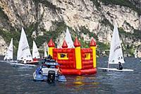 Name: liveeverylitre.jpg Views: 80 Size: 44.1 KB Description: What boat race?