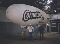 Name: 549419.jpg Views: 476 Size: 50.2 KB Description: This Picture was taken during a special lauching of an Icecream, Corneto from Kibon, in São Paulo Brazil