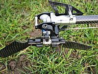 Name: IMG_6981.jpg Views: 165 Size: 282.7 KB Description: Some upgrades: dual arm tail pitch slider (ebay), grip-flip mod, carbon boom (HK).